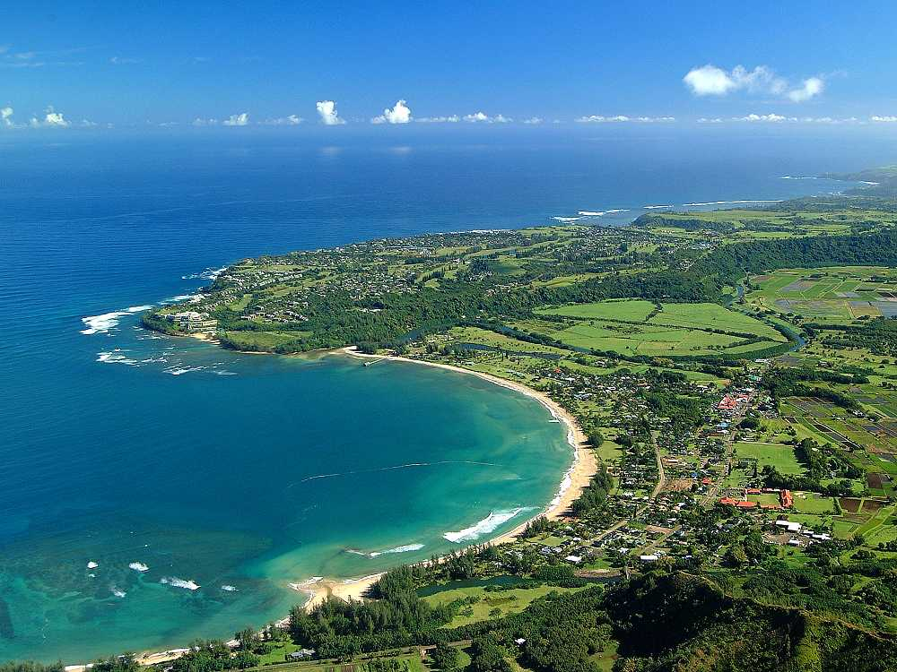 Hanalei Town, Kauai - Reviews, Pictures, Map