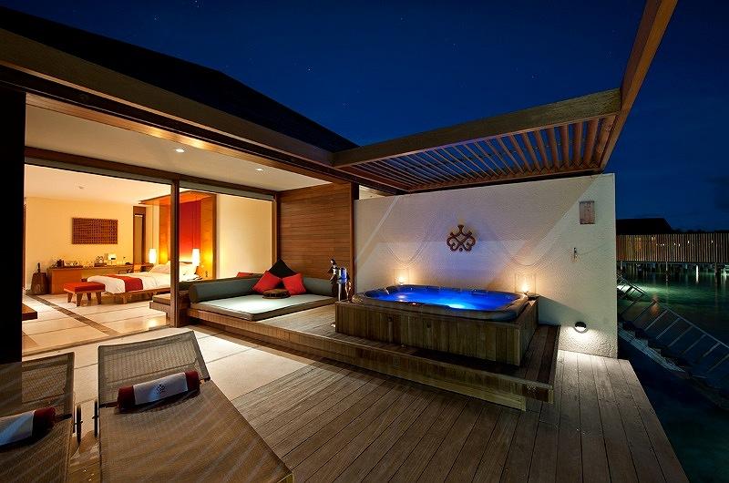 Paradise Island Resort Male Office