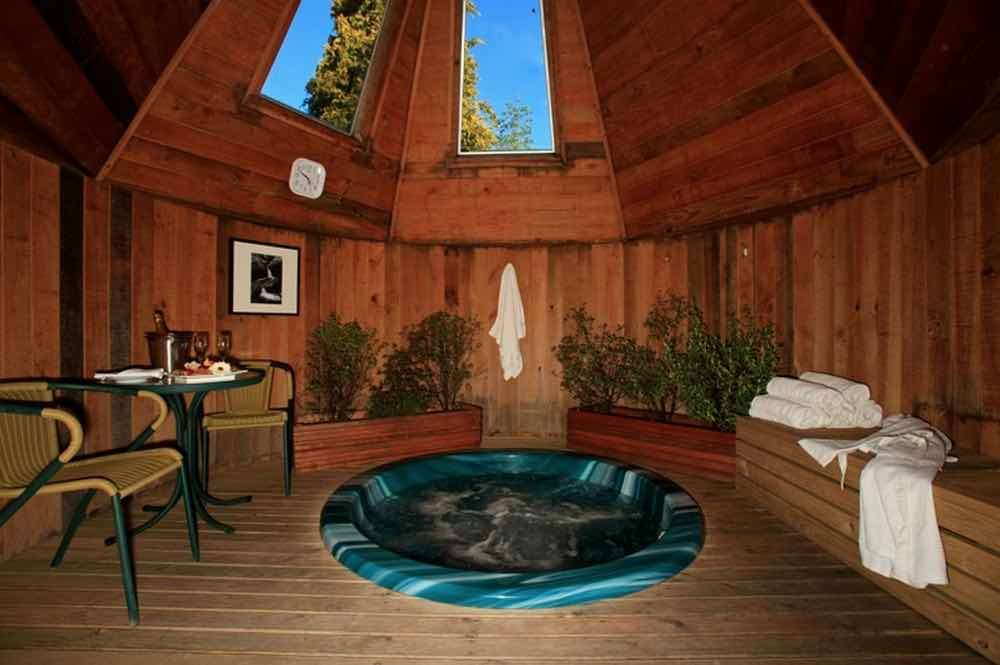 Distinction te anau hotel new zealand reviews pictures for Distinctive villas