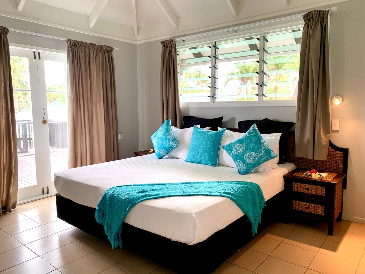 muri beachcomber cook islands reviews pictures map. Black Bedroom Furniture Sets. Home Design Ideas